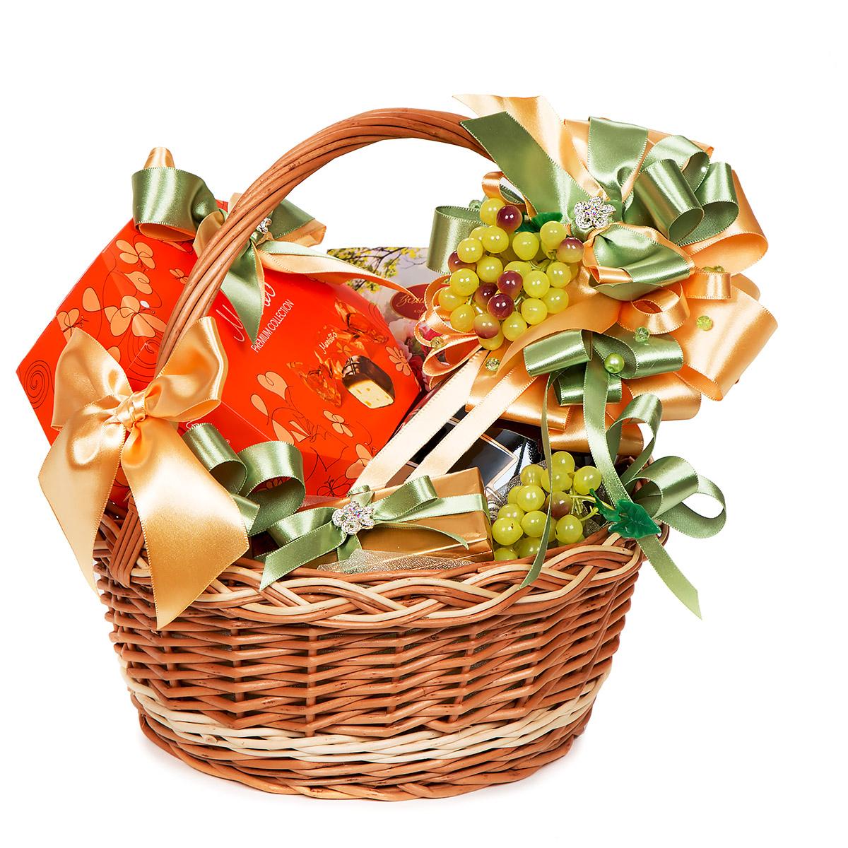 Картинки корзинка с подарками